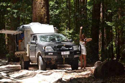 Gordigear Fraser Island With Gordigear Roof Tent And Awning